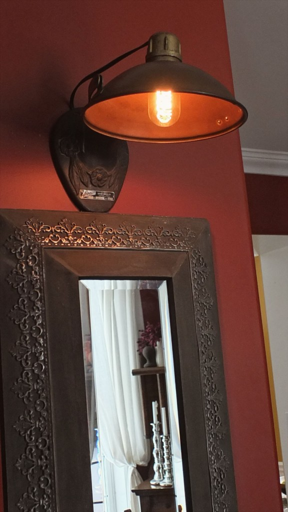 Installed wall sconce | Vin'yet Etc.