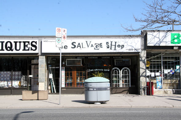 The salvage-shop