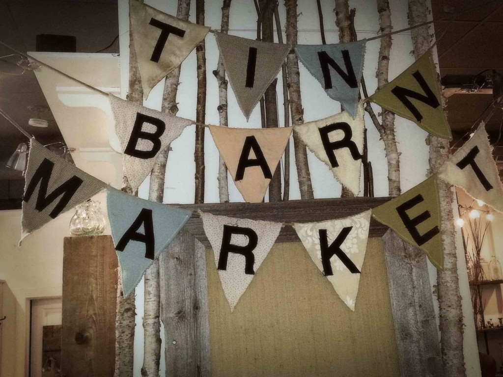 Tin Barn Flags | Vin'yet Etc.