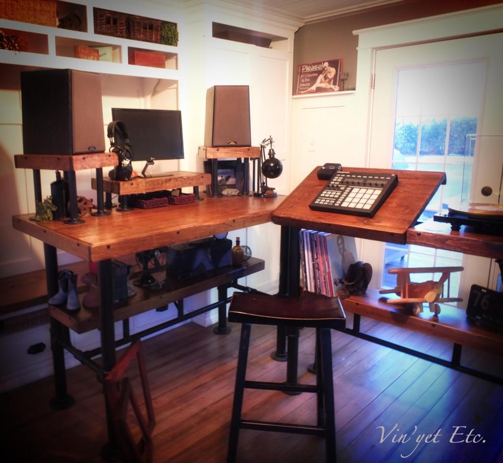 Industrial Desk reveal 2   Vin'yet Etc.