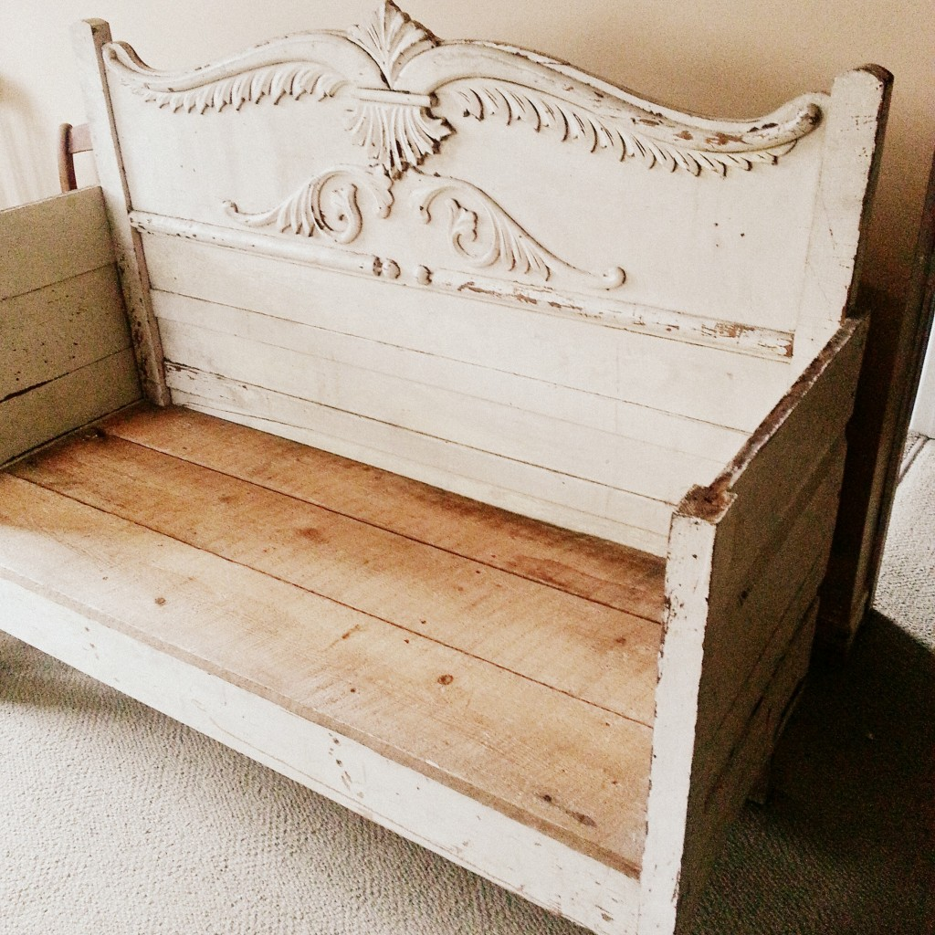 HeadBoardBench | Vin'yet Etc.