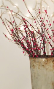 Finished_DIY_Winterberry_Branches Vin'yet Etc.