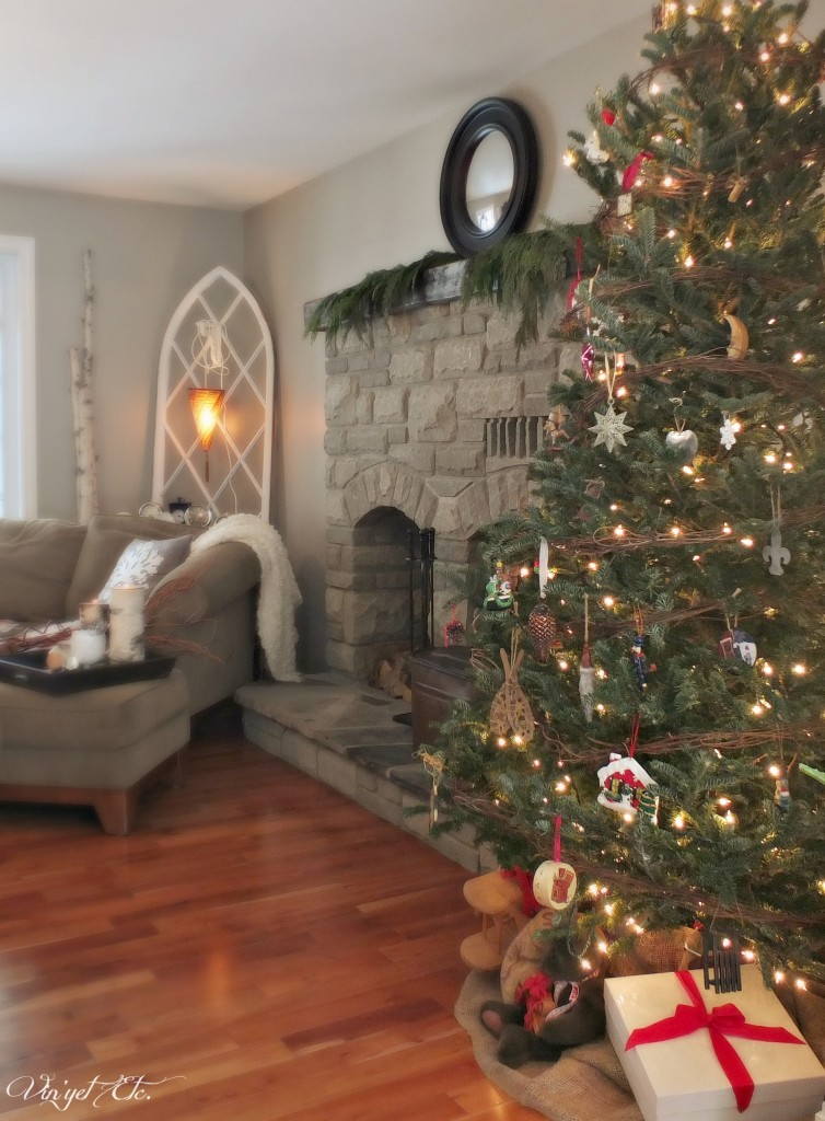 Home_For_The_Holidays_Tour_Christmas_Tree   Vin'yet Etc.