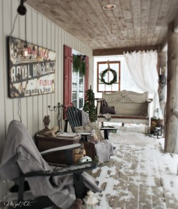 Winter_Snow_Storm_Christmas_porch | Vin'yet Etc.