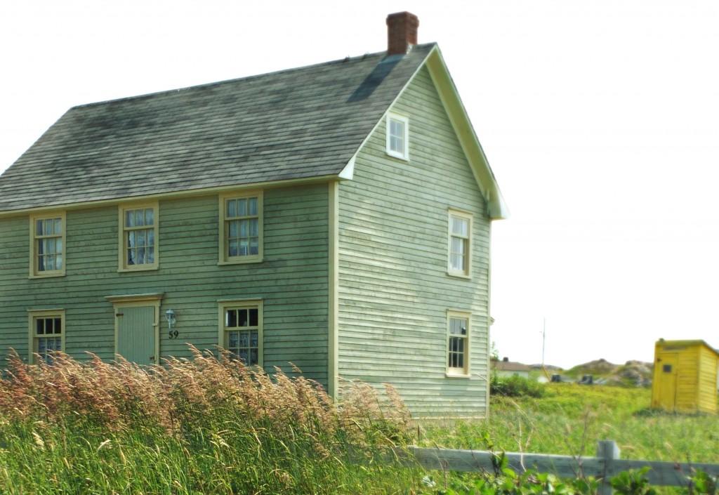 OldNLHouse | Vinyet Etc.