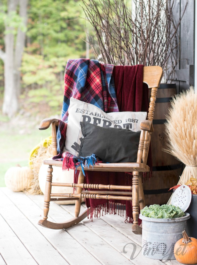Canadian Fall Home Tour - Nanny's chair | VinYetETC