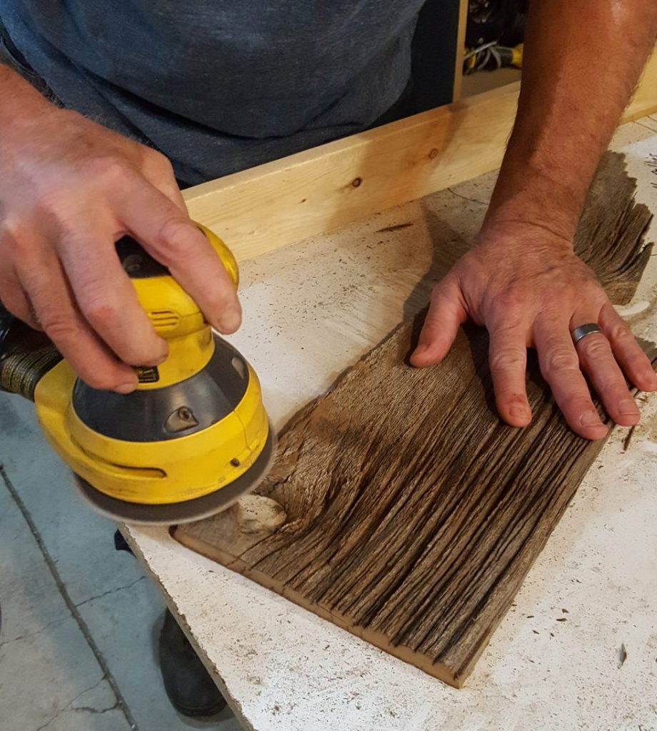 Sanding barn board | VinYet Etc.