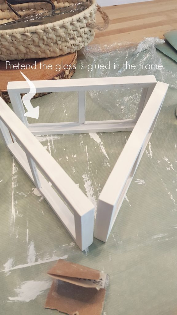 glass-in-frame-get-ready-to-glue