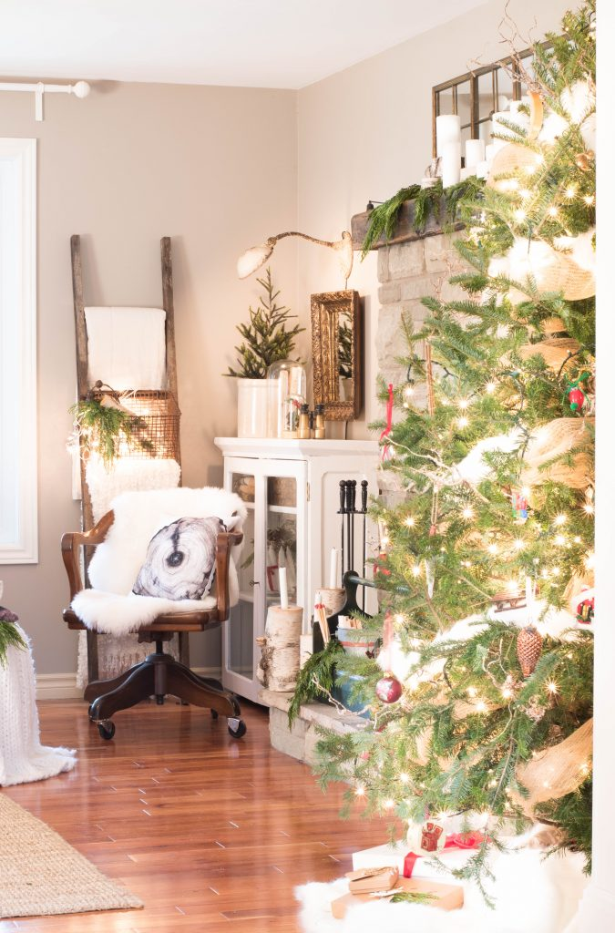 Canadian Christmas home tours - VinYet Etc