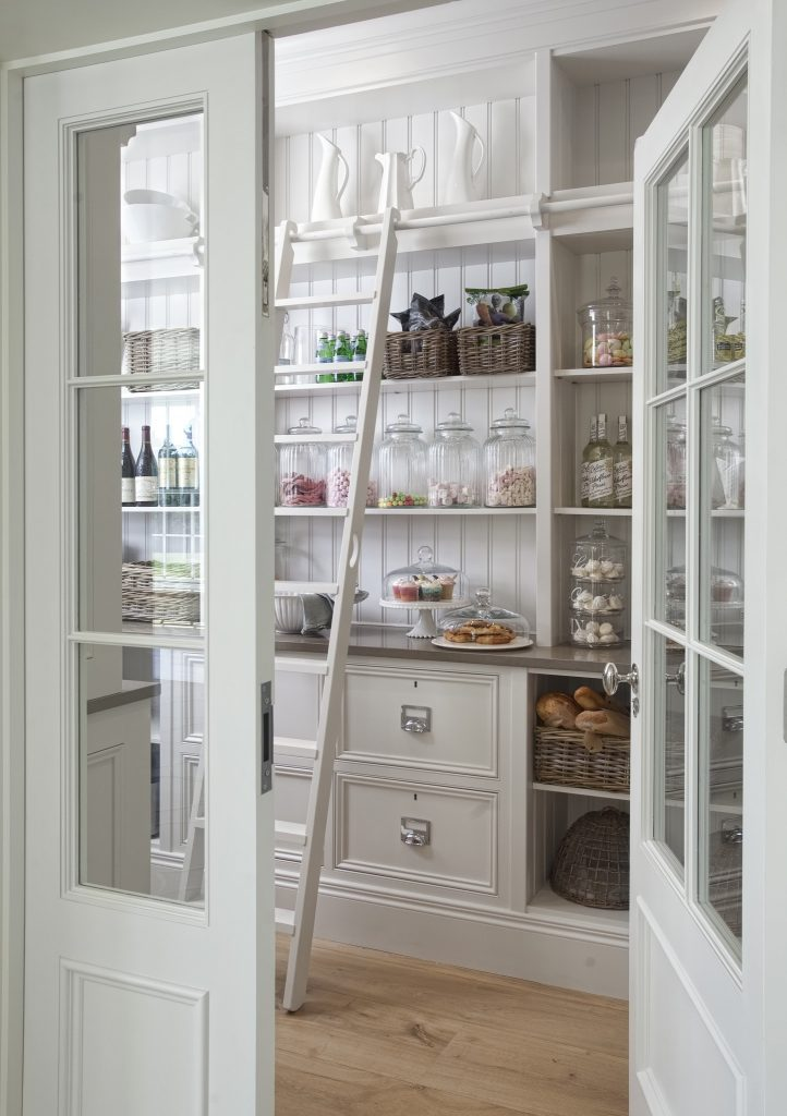 High Low Design Ideas - Pantry Inspiration | VinYet Etc.