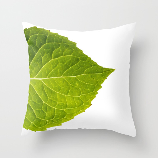 beautiful-green-hydrangea-leaves-pillows | VinYet Etc. beautiful-green-hydrangea-leaves-pillows | VinYet Etc.
