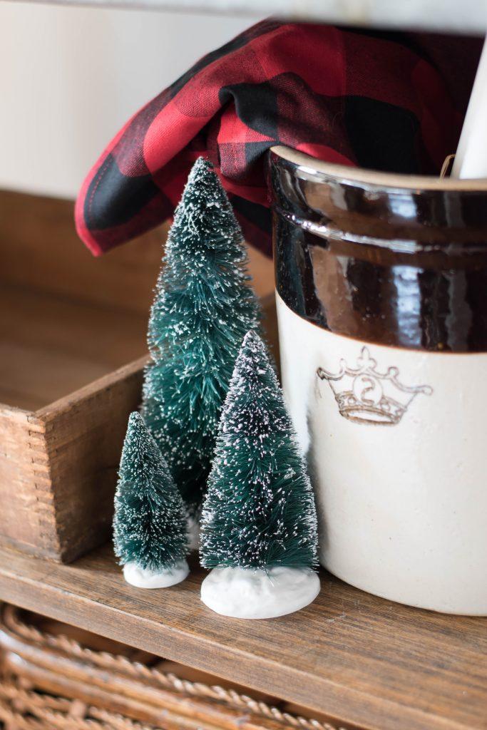 Canadian Christmas Home Tour - Vinyet Etc.